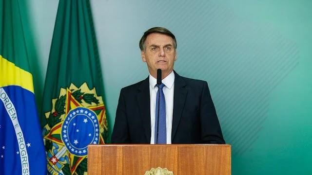 Bolsonaro parabeniza polícia e critica tratamento dado aos mortos no Jacarezinho