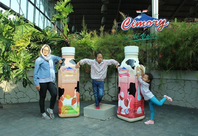 Liburan ke Pabrik Susu Cimory di Ungaran Keren Untuk Foto