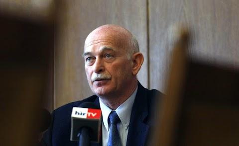 Dobos László Karcag polgármestere