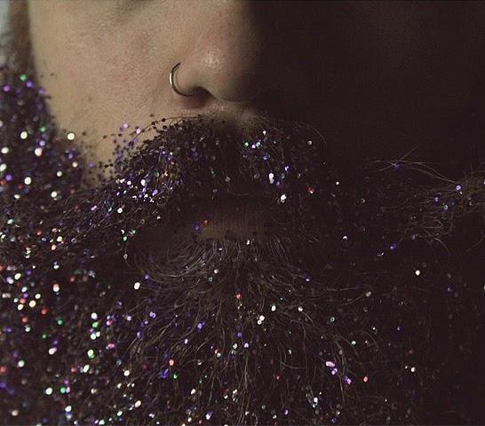 #glitterbeard: Barba com glitter é a nova tendência nas redes sociais