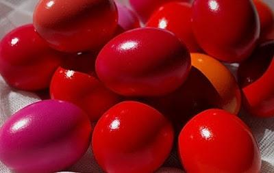 покраска яиц свёклой