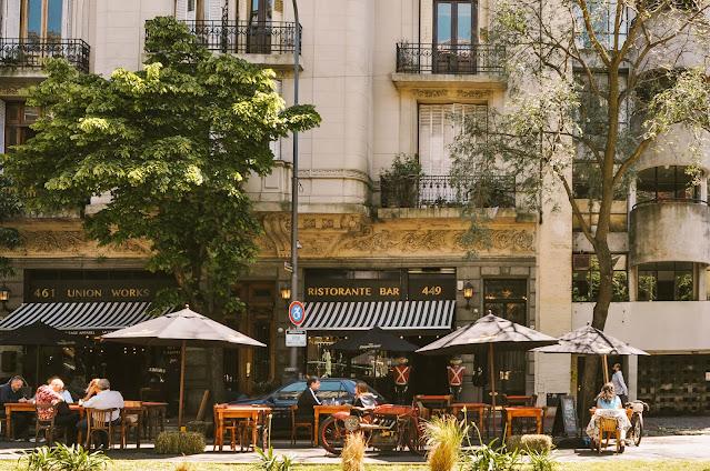 Avenida Caseros, San Telmo  -    Las 14 calles más lindas de Buenos Aires