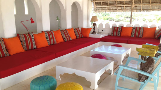 Safari Fusion blog | Colour crush: Red | East African coastal style outdoor livingroom, interiors by Idea Kenya