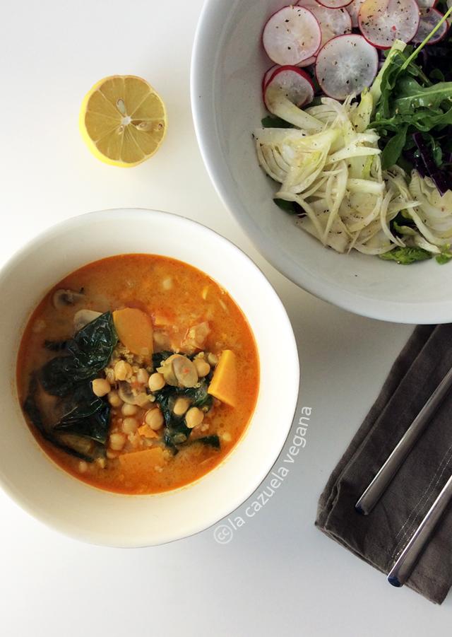 Sopa tailandesa vegana