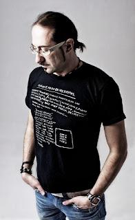 11/9 Marco Lys @ Departures c/o Ushuaia Ibiza. E' al mixer con Axwell & Sebastion Ingrosso