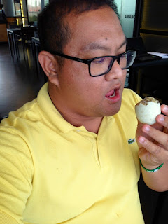 Planet Grapes, Planet Grapes Cebu, Ayala Center Cebu New Wing, Balut, Lhady Dizon, Carlo Olano, Intrepid Pinot Gris 2013,
