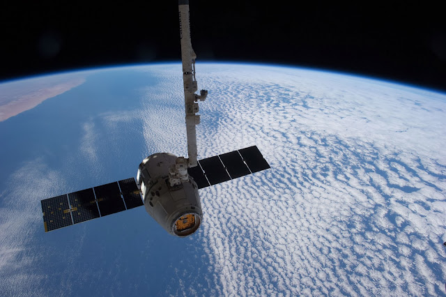 Dragon de SpaceX en la ISS