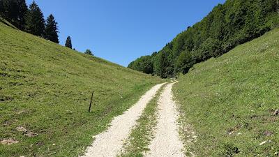 Einsam unterwegs Richtung Hüsligraben