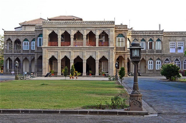 Nilambagh Palace in Bhavnagar