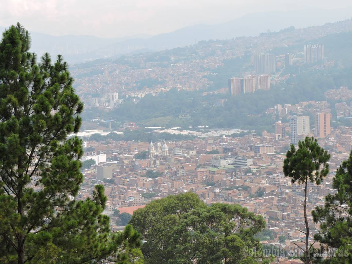 municipio de bello desde el cerro quitasol