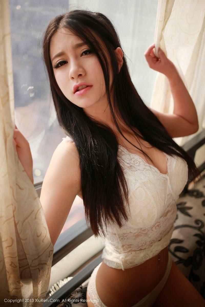 Beautiful Amateur 22