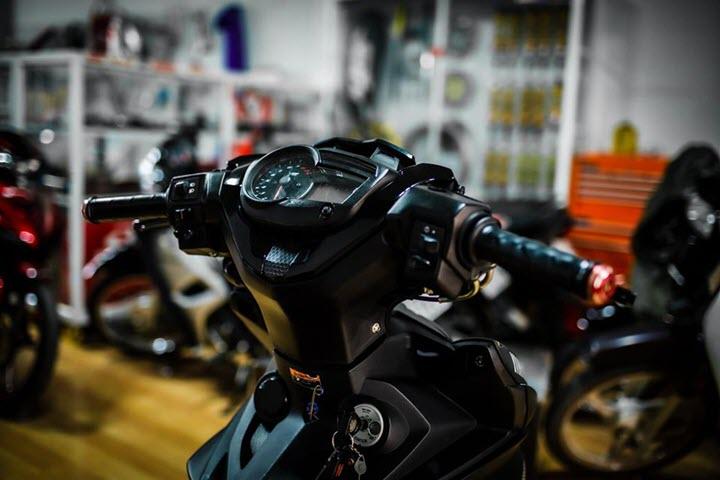 Yamaha Exciter 150 bản độ đồ chơi 'đỉnh không cần chỉnh'