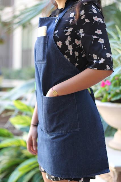 Denim aprons/Baker's  denim aprons/chef's denim apron /The cookie couture aprons