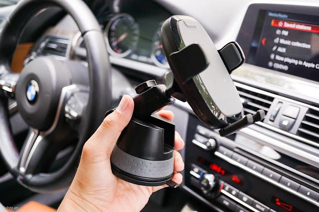 Giá đỡ điện thoại kiêm sạc không dây ô tô