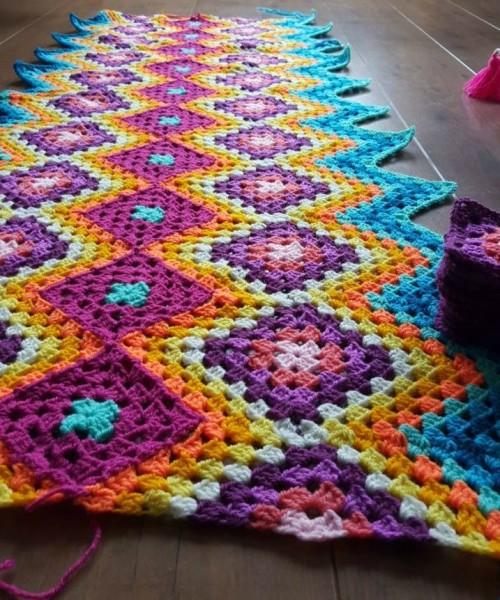 Crochet Mexican Granny Blanket - Free Pattern