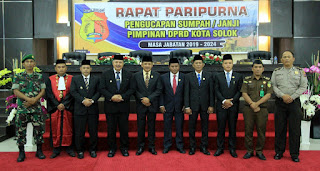 Pertama di Sumbar, Pimpinan Definitif dan AKD DPRD Kota Solok Dilantik