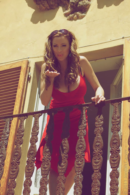 jordan-carver-balcony-hd-photoshoot-hq-picture-1