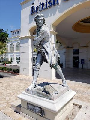 Statue of Woods Rogers - close shot