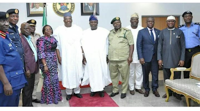 Lt. Gen. Abdulrahman Dambazzau (rtd.), pays a courtesy visit to the Governor of Lagos State