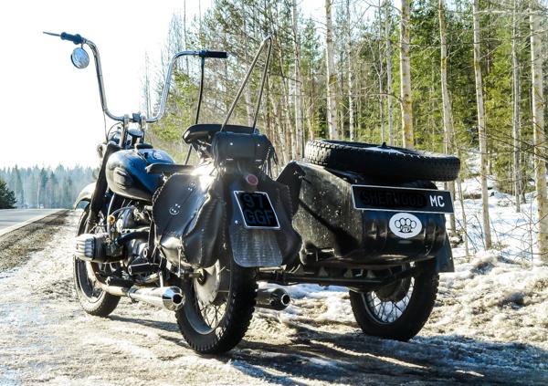 venäläinen sivuvaunu moottoripyörä K9 ape