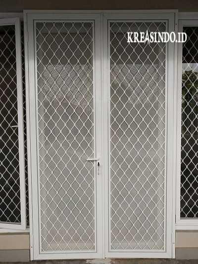 Buat Pintu Anti Nyamuk Yuk! Ini Dia Jasa Pintu Expanda Aluminium Kawat Nyamuk di Jakarta