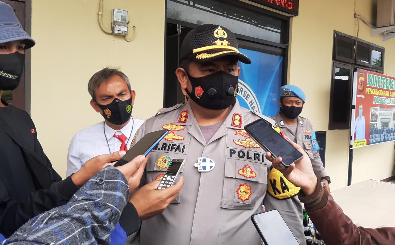 Polisi Bekuk Oknum Guru Olah Raga Yang Cabuli Puluhan Murid