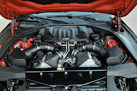 The new BMW M6 Coupe engine