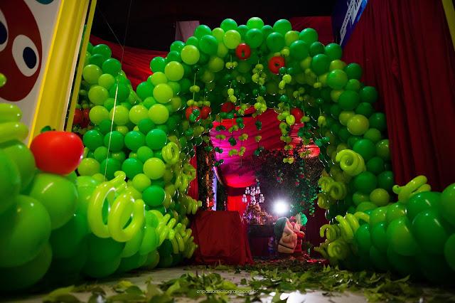 tunel de entrada todo em baloes