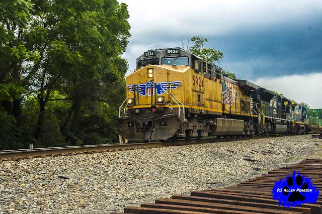 Railroad Photography! Union Pacific Locomotive 5924 in Nokesville, VA
