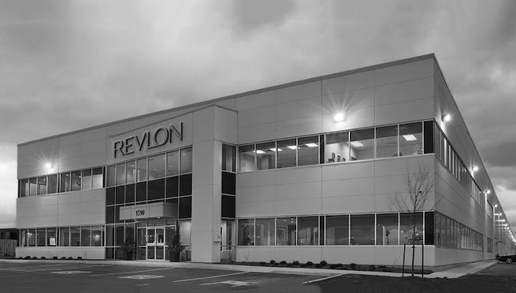 Empresas exitosas que Nacieron en Época de Crisis - Historia de Revlon