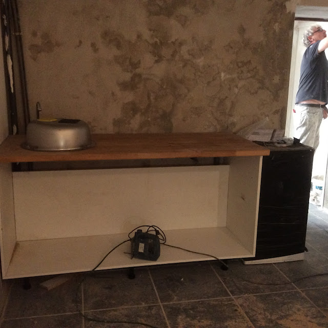 Renovation project - How to make an easy and inexpensive corner kitchen