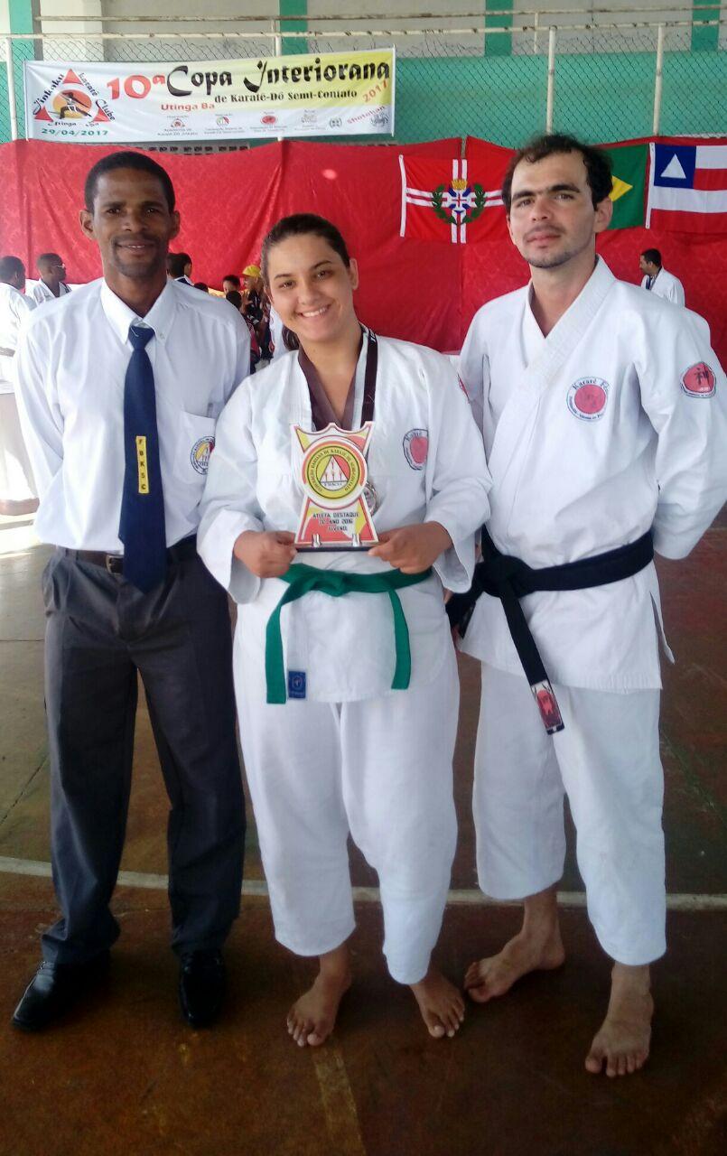 segíthet a karate a fogyásban)