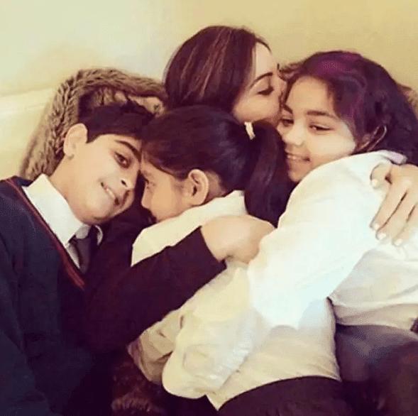 Kanika Kapoor बच्चों से मिलने को हैं बेकरार, कहा- मैं जल्द से जल्द...