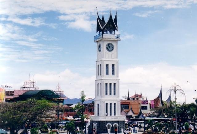 Jam gadang Bukit tinggi