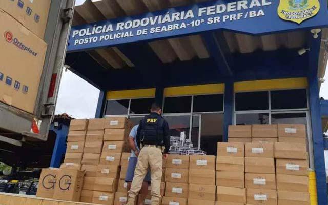 PRF apreende carga de cigarros avaliada em R$ 800 mil em Seabra