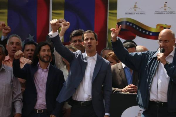 Juan Guaidó: Me apego a los artículos 333, 350 y 233 para lograr el cese de la usurpación y convocar elecciones libres con la unión del pueblo.