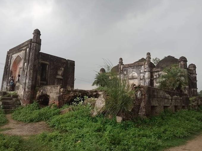 बिहार : 500 साल पुरानी ऐतिहासिक मस्जिद खंडहर में तब्दील