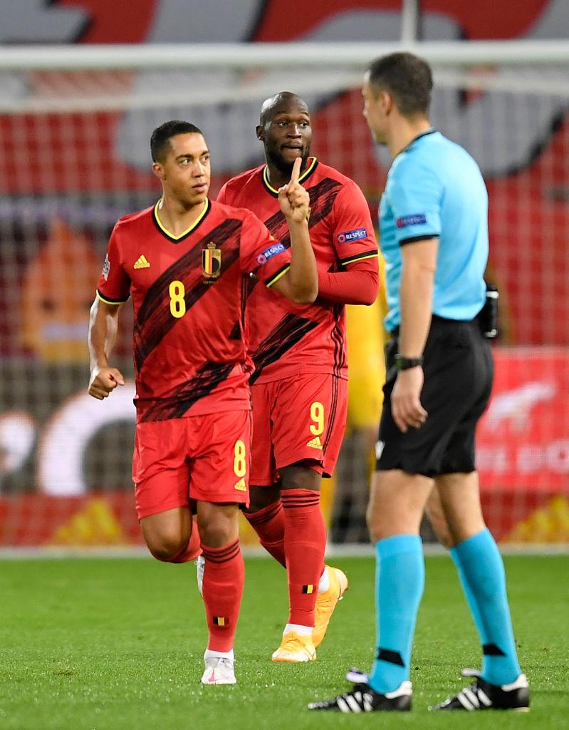 تقرير مباراة بلجيكا والدنمارك في الجوله الثانيه من كأس الامم الاوروبيه