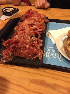 Ham trio from Manteigaria Silva