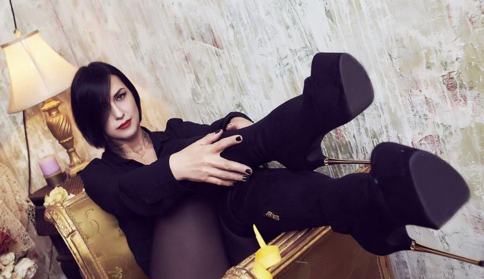 MissVonTease Model GlamourCams