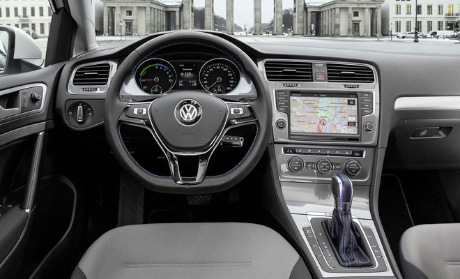 Volkswagen e-Golf interior