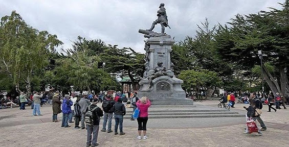 Plaza Muñoz Gamero, city of Punta Arenas.