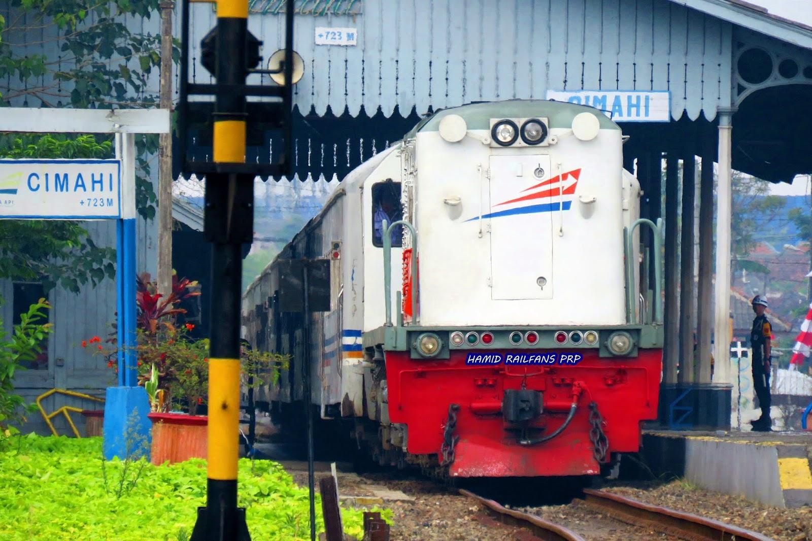 Pesan Tiket Kereta Api Lokal Di Loket Stasiun Hanya Bisa