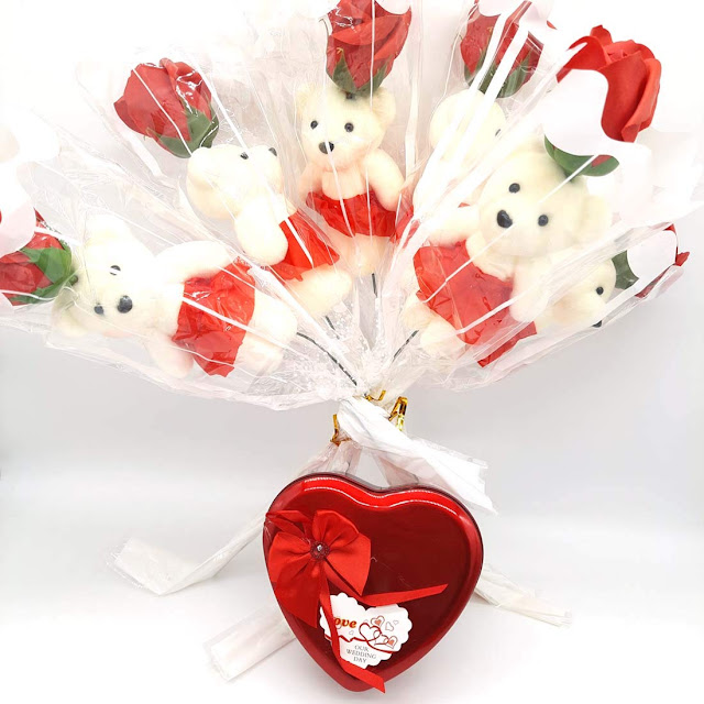 Teddy Roses Bouquet Combo