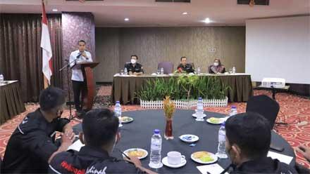 Wawako Solok Buka Diklat Motivasi ASN Disdukcapil di Bukittinggi