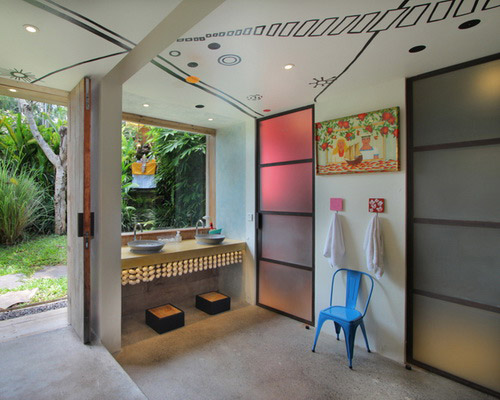 Tinuku Word of Mouth studio apply modern contemporary elements into traditional Balinese architecture for Chili Hilly