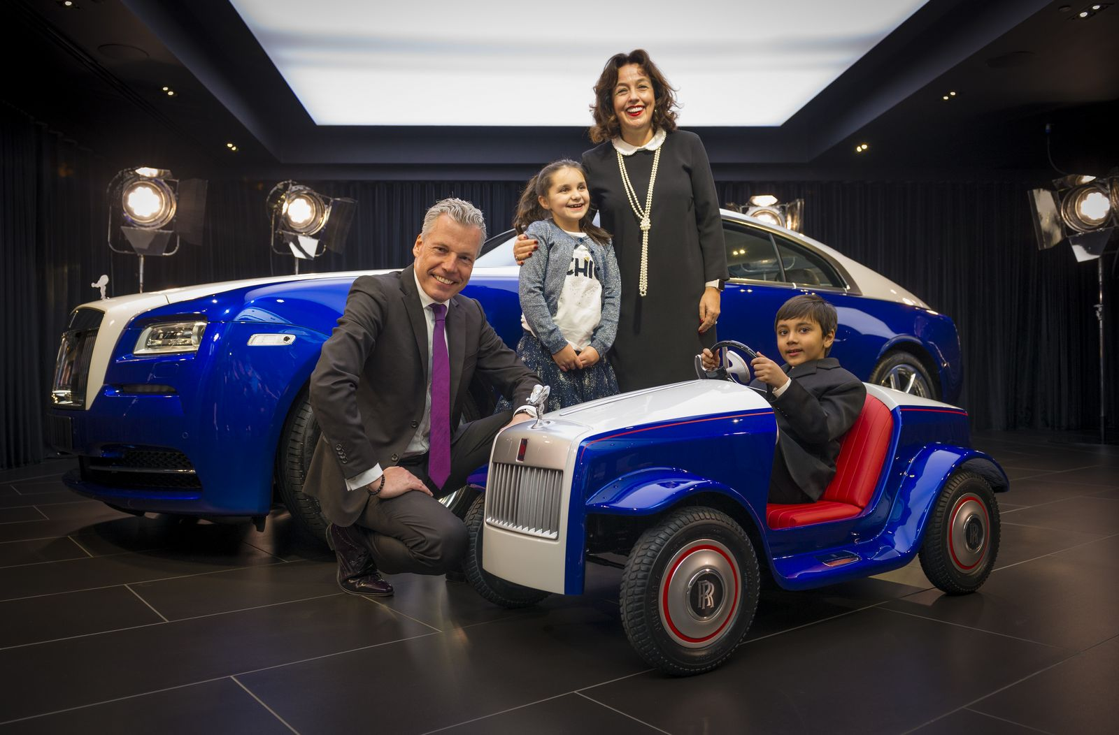 Electric Kids Cars >> Rolls-Royce Melts Hearts With Ride-On Wraith For Hospitalized Kids
