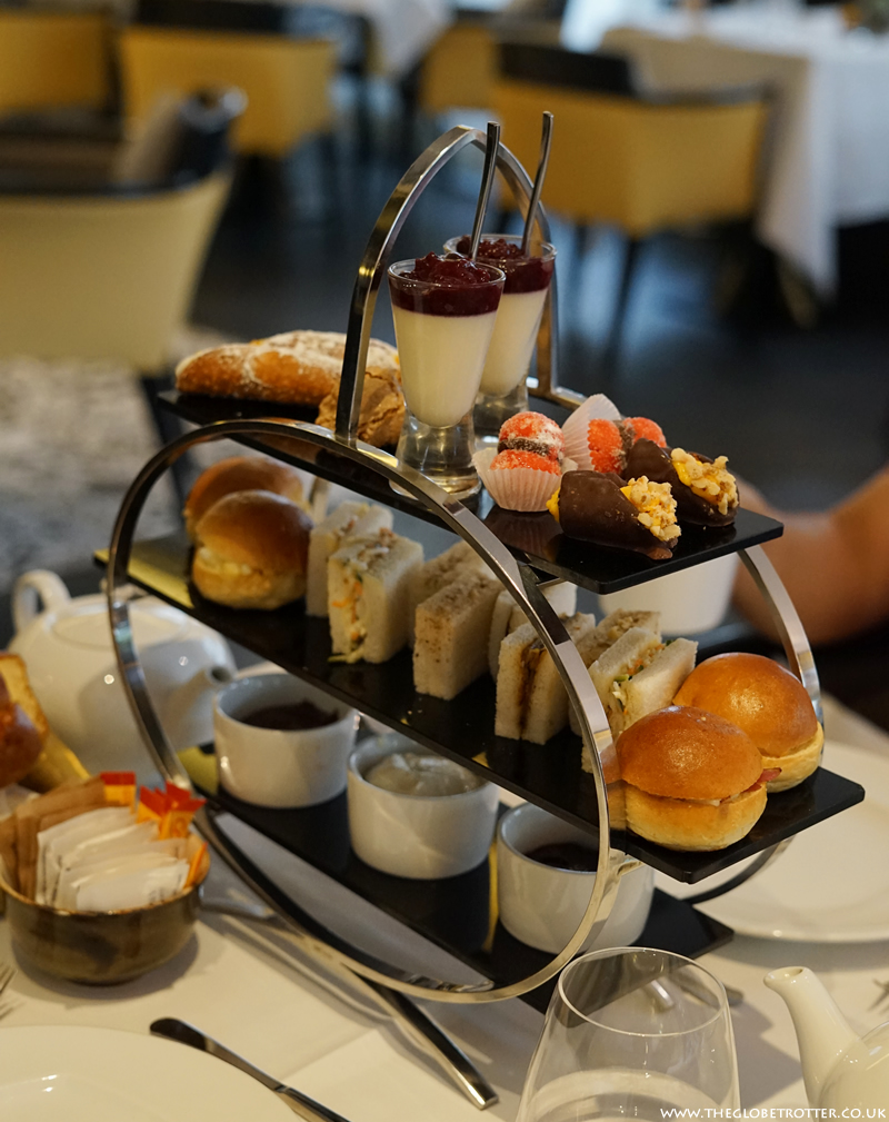 Afternoon tea at Baglioni Hotel London