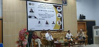 Seminar Hukum oleh Senat Mahasiswa Fakultas Syariah IAIN Sultan Amai Gorontalo. Foto: Alwy Satingi, Ketua Panitia.