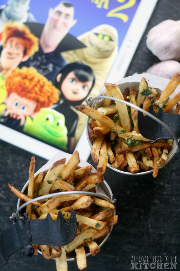 Bucket of Garlic Fries | Hotel Transylvania 2 #FoodnFlix